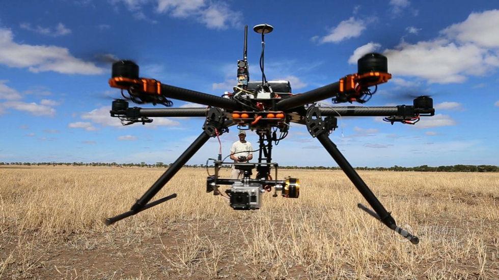 """无人机""""黑飞""""现象频发 政策与科技携手出击"""